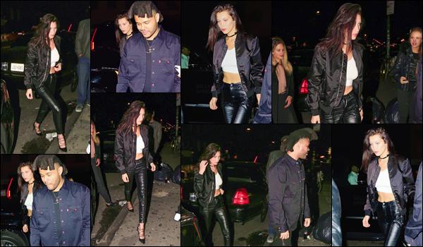 - 30/04/16 - Bella Hadid a été photographiée, alors, qu'elle était dans les rues dans New-York City, avec Abel.La jeune mannequin été donc accompagné de son petit ami - depuis 1 an. Sa tenue est très simple mais très jolie, c'est donc un top : ils sont mignons !-