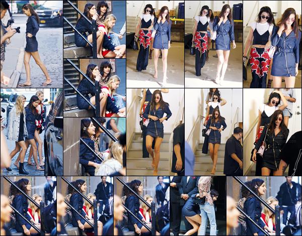 - 14.09.16'─'Bella Hadid quittait les lieux du défilé de « Michael Kors » avec Kendall Jenner, dans New-York City ![/s#00000ize]De plus Bella Hadid a été photographiée avant le défilé alors qu'elle fumait avec plusieurs autres mannequins du défilé de la marque. Un top ou un flop ?  -