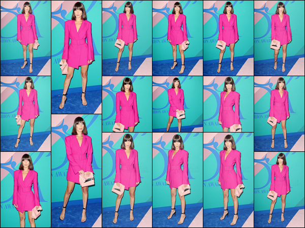- ''05.06.17'-''─''La ravissante Bella Hadid était présente à l'événement « CFDA Awards 2017 » dans New York.[/s#00000ize]C'était le rendez-vous du petit gratin de mannequin puisque sa s½ur, Gigi Hadid et ainsi que Hailey Baldwin entre autre, étaient aussi présentes. Un top ! -
