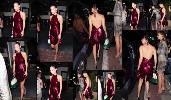 - ''18.06.17'-''─''Tard le soir, Bella Hadid quittait le restaurant italien « Madeo Ristorante », à West Hollywood ![/s#00000ize]Très élégante dans une robe rouge brillante, la belle mannequin était accompagnée d'une amie à la sortie du restaurant, et ensuite rejoindre une voiture. -