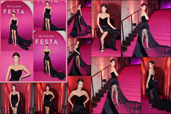 - ''29.06.17'-''─''Isabella Hadid était présente lors de la soirée de la marque « Bulgari » dans la ville de Venise ![/s#00000ize]C'est dans une jolie robe noire à longue traîne en dentelle que la belle mannequin a foulé le tapis rose, disposé à l'occasion de cet événement mondain... -