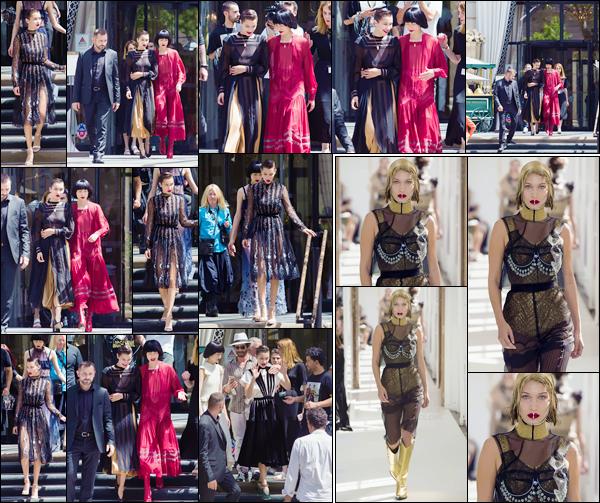 - ''05.07.17'-''─''Bella Hadid a été photographiée sur les lieux d'un tout nouveau photoshoot à Paris, en France ![/s#00000ize]Un nouveau défilé pour la jeune américaine : qui a enfilé une tenue à goût douteux, pour la Maison Margiela de Haute Couture. Et je n'aime pas du tout. -