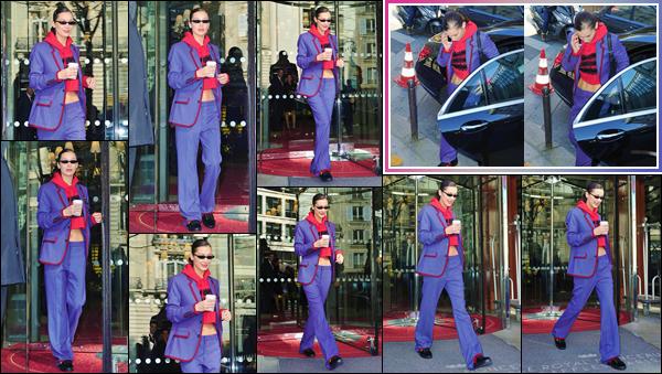 '- '--26/02/18-' • Bella Hadid quittait son hôtel « Le Royal Monceau » qui se trouve localisé dans la ville de Paris. Au revoir l'Italie et bonjour la France ! La Fashion-Week 2018 prendra fin dans la belle capitale française au début de mars. Un gros flop pour sa tenue ...-