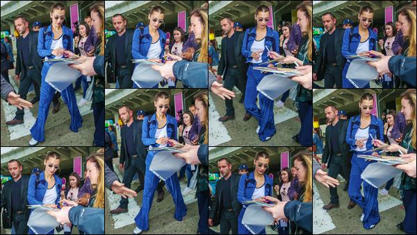 - ''•-08/05/18-' : Bella Hadid arrivait tout juste à l'aéroport de : « Nice-Côte d'Azur », dans le Sud-Est de la France. Notre belle mannequin ne manque jamais une occasion de se rendre au « Festival de Cannes », et cette année ne fait pas exception. Bof ! -