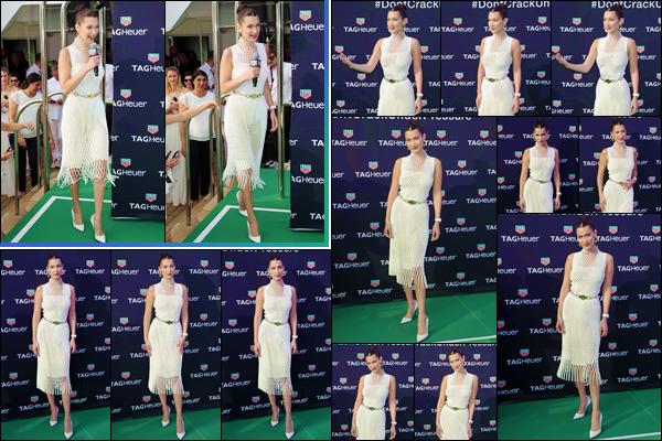 - ''•-26/05/18-' : Bella Hadid était présente à la fête sur bateau de « Tag Heuer Boat Party » ayant lieu à Monaco. En compagnie de Tom Brady et Geri Horner, la jolie mannequin a posé pour l'événement de la marque de montre, dont elle en est l'égérie. Un gros top ! -