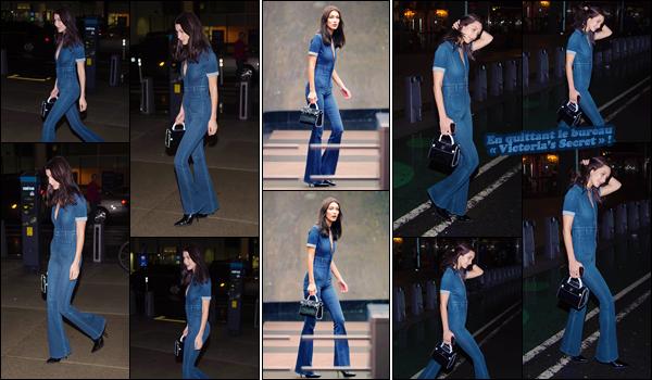 '- '-◊-30/10/16-' : Bella Hadid se rendait dans les bureaux de la marque « Victoria's Secret » dans New York City. De retour de France, la belle s'est encore une fois rendue dans les locaux de la marque de lingerie internationale : pour qui elle va défiler. C'est un top !-