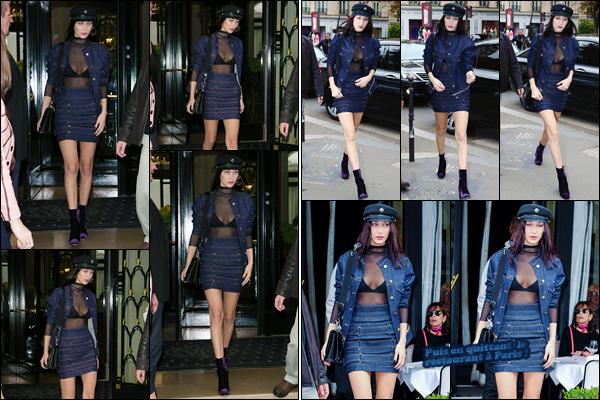 '- '-◊-28/10/16-' : Bella Hadid quittait son hôtel, pour se rendre au restaurant « L'Avenue » dans la ville de Paris. Après avoir quitté son hôtel le George V, dans la capitale française, Bella s'est rendue à son restuarant de prédilection. Pour ma part : c'est un gros top !-