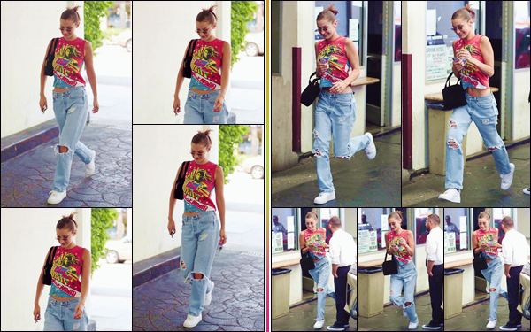 - ''•-09/08/18-' : Bella Hadid se rendait au restaurant italien « E Baldi » accompagnée d'une amie à Beverly Hills. Bella a suivi son petit ami Abel dans sa tournée des festivals américains ainsi qu'à Toronto, puis a assisté à l'anniversaire de Kylie Jenner avec ce dernier ! -
