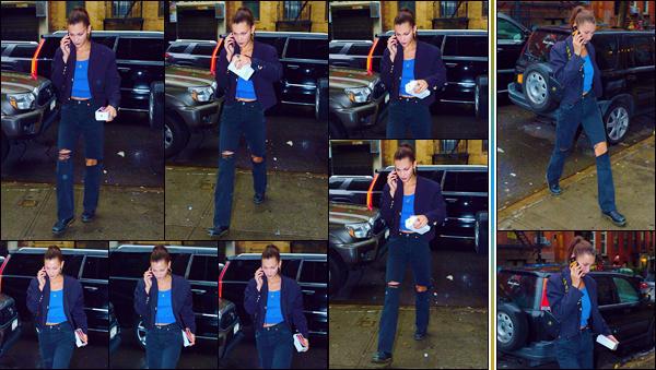 - '-• 04/10/18-''─ Bella Hadid a été photographiée alors qu'elle se rendait dans son appartement, à Manhattan. À nouveau aperçue dans les rues de la Grosse Pomme, notre belle brune quittait une voiture pour rentrer à son logis de New York. Top ! -