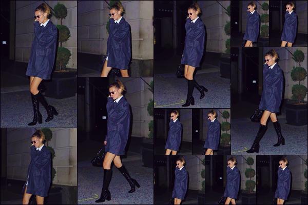 """- """"•-18/07/19-─"""": Bella Hadid a été vue en quittant le restaurant français « L'Avenue » dans la ville de New York. La jeune mannequin quittait l'un de ses restaurants favoris en compagnie d'une amie dans une très belle tenue et une paire de cuissardes. -"""
