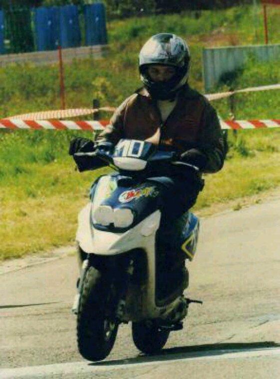 La course de scoute a mornimont en 2005 premier champion place numéro 1