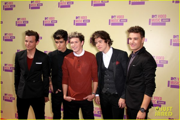 MTV Video Awards 2012