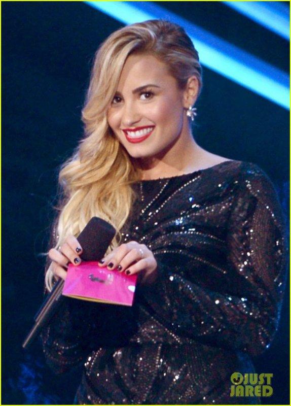MTV Video Awards 2012