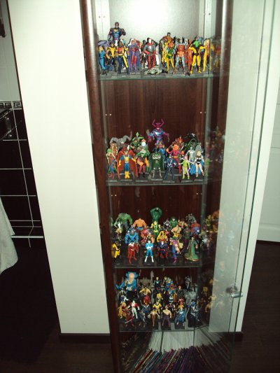 Lot de figurine marvel n°1 à plus de 100