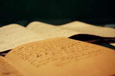 Tu lis en moi comme dans un livre ouvert