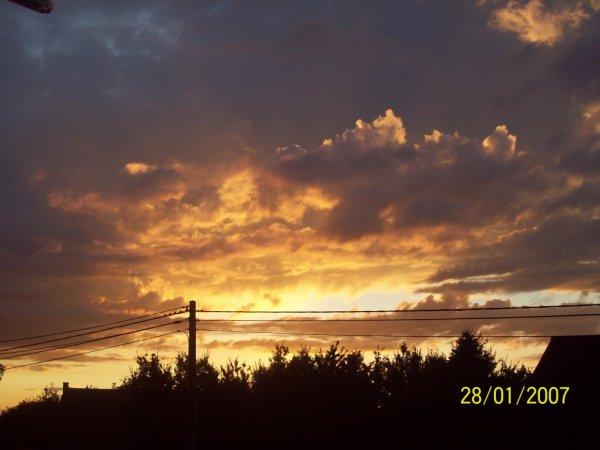 un coucher de soleil  c'est tellement romantique