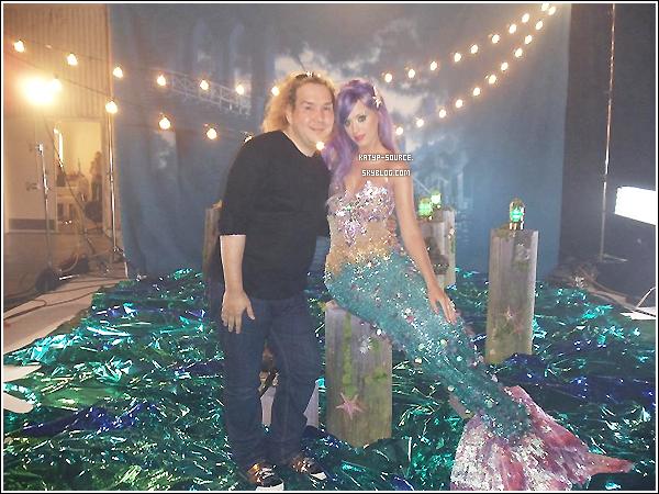 Katy Perry est une belle sirène pour son nouveau photoshoot. Magnifique ! . Ton avis ?