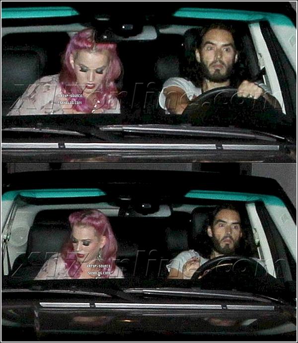 11 Août 2011 - Katy et Russell Brand sortant du restaurant  « Chateau Marmont »  à Los Angeles.