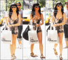 __________Flashback 27 Juillet 2009 - Katy Perry entrain de faire du shopping dans les rues de Soho, de New York City.