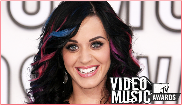 KATY PERRY NOMINEE 9 FOIS AUX MTV VIDEO MUSIC AWARDS 2011