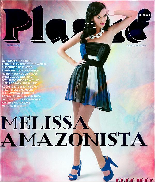 Scans du magazine américain « Plastic Dreams » avec de nouvelles photos inédite.
