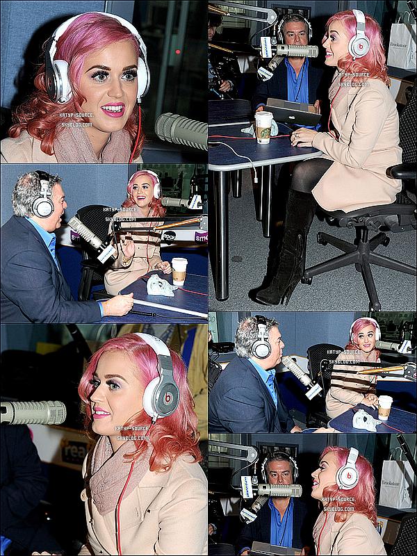 31 Octobre 2011: Katy Perry était dans les studios de GMG Radio pour le « The Elvis Duran Morning Show » à Manchester (Londres) puis elle a était vu, toute belle, à la sortie des studios. Top ou Flop ?