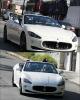 14/02/12: Katy Perry a été vue dans les rues de West Hollywood à Los Angeles, dans une belle voiture.