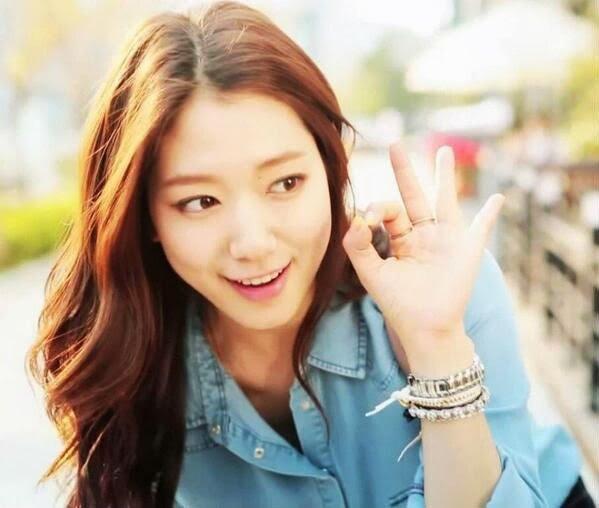 Kim Shin Hye Fiction Chapitre 1 :Le jour ou ma vie bannale a changé
