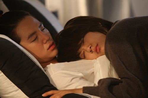 Kim Shin Hye Fiction Chapitre 16 : Le lapin cochon prends soin de son crétin préféré