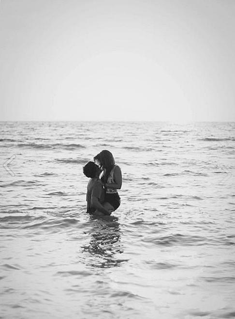 J'ai l'impression que si je te perd un instant, je te perd pour toujours