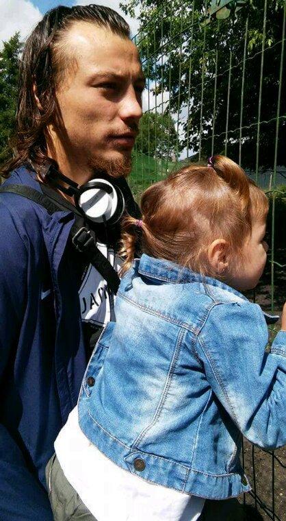 Lili et son pere au zoo
