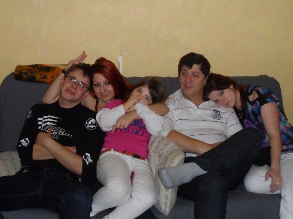 et la famille