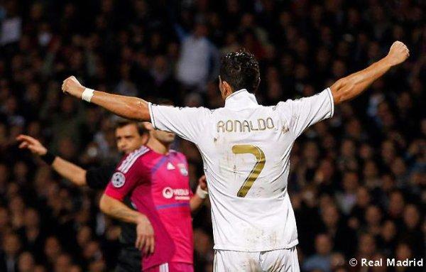 ronaldo vs lyon 2011
