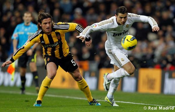real madrid 3 ; 1  real zaragoza