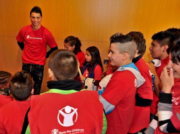 Cristiano Ronaldo ambassadeur Artiste mondial pour éliminer la faim et de la nutrition