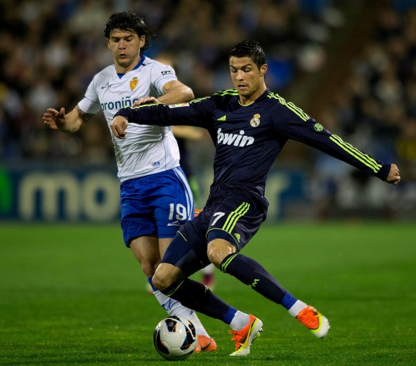 Real Zaragoza 1 : 1  Real Madrid CF
