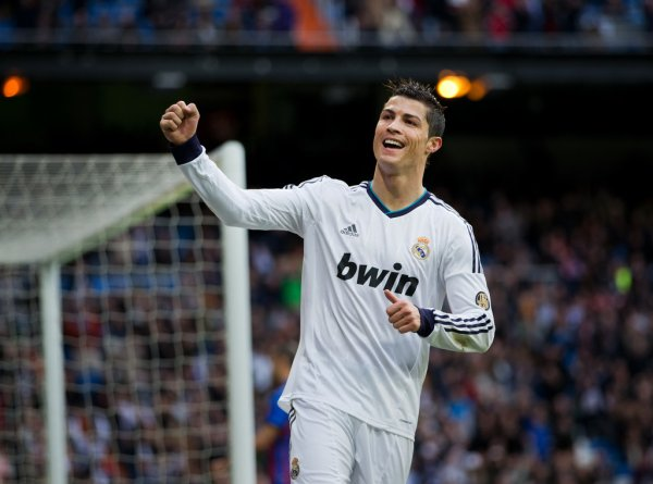 real madrid 5 : 1 levante fc