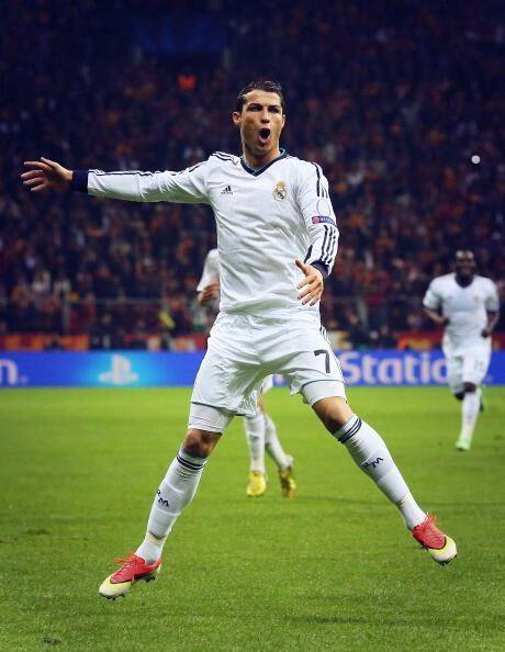 real madrid vs galatasaray  ♥ hala madrid   ♦ merci ronaldo ♥