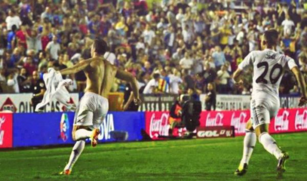 real madrid 3 : 2 levante ........♦ c.ronaldo celebration vs levante ......hala madrid ♥