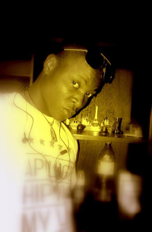Em'Kinshasa Le PhagOcyTE