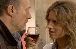 LEO CASTELLI VA CRAQUER SUR L'ALCOOL A CAUSE D'EVE TRESSERRE