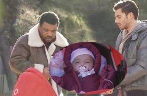 Bébé Boher entre les mains Moussa !