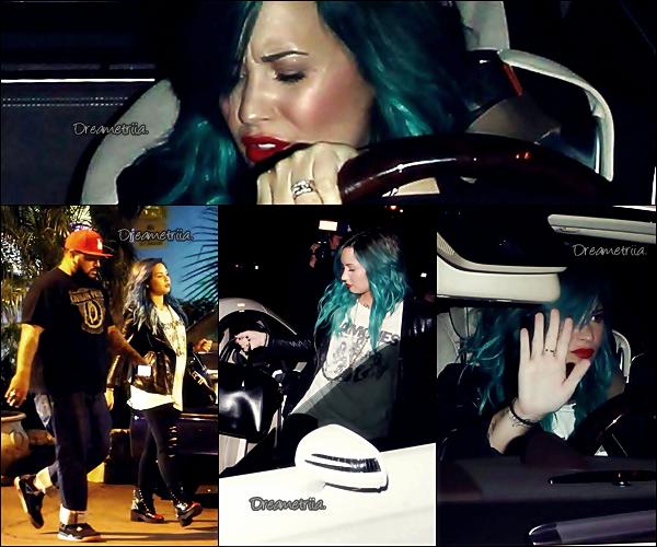 15-10-13: Demi a été photographiée en sortant d'un bowling à Los Angeles. TOP/BOF/FLOP? Perso c'est un TOP pour la belle.