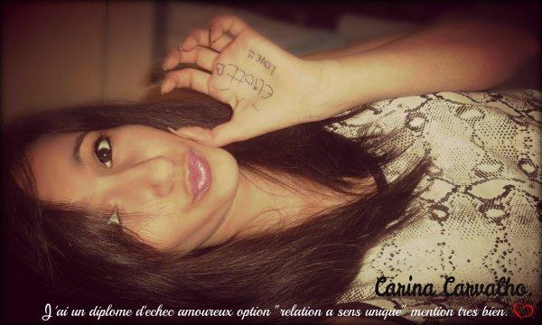 • J'sais qu'on m'observe , j'sais que j'les énerves, mal parler de moi font gercé leurs lèvres!