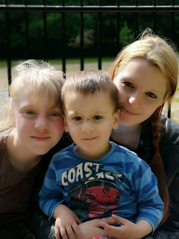Mes filles,mon petit fils et mon beaux fils