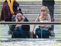 Lou Tisdale et Taylor Swift