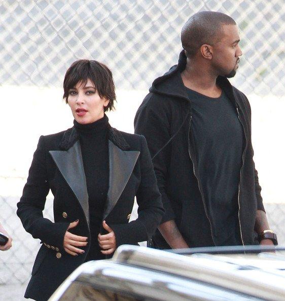 14\05\12 Nouveau photoshoot de Kim Kardashian pour le Vogue italien, Kanye west était donc présent avec elle
