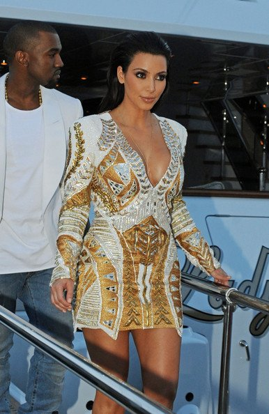 23\05\12 Kim Kardashian et Kanye West sur le tapis rouge au Festival du Film à Cannes