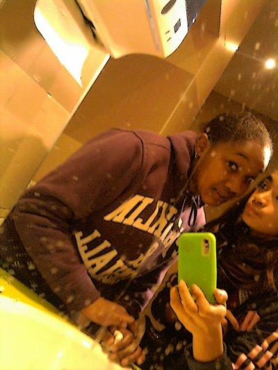mOii && Roxanne ♥ ♥ ♥