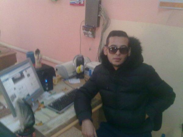 moi dans cyber café
